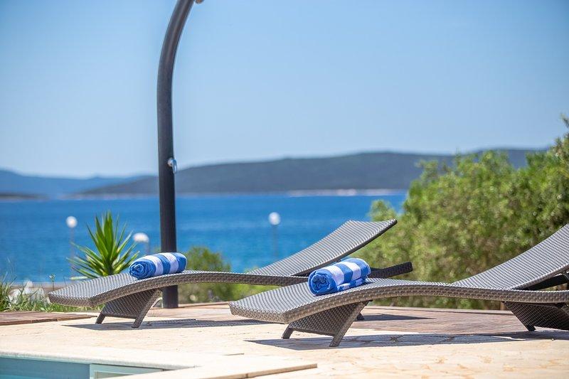 Beautiful Villa Gellia, in Dalmatia, near the Sea, location de vacances à Brbinj