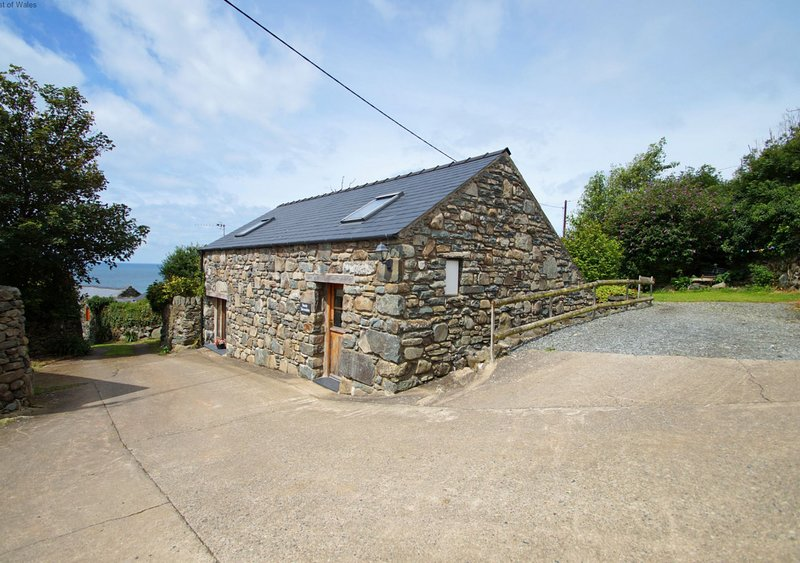 Beudy Taicroesion, vacation rental in Llanaber
