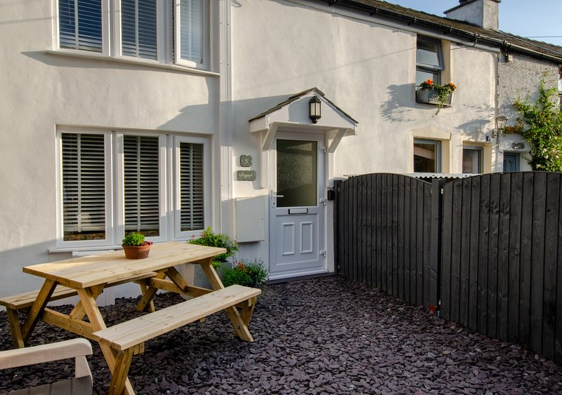 Agape Cottage, holiday rental in Llanrug
