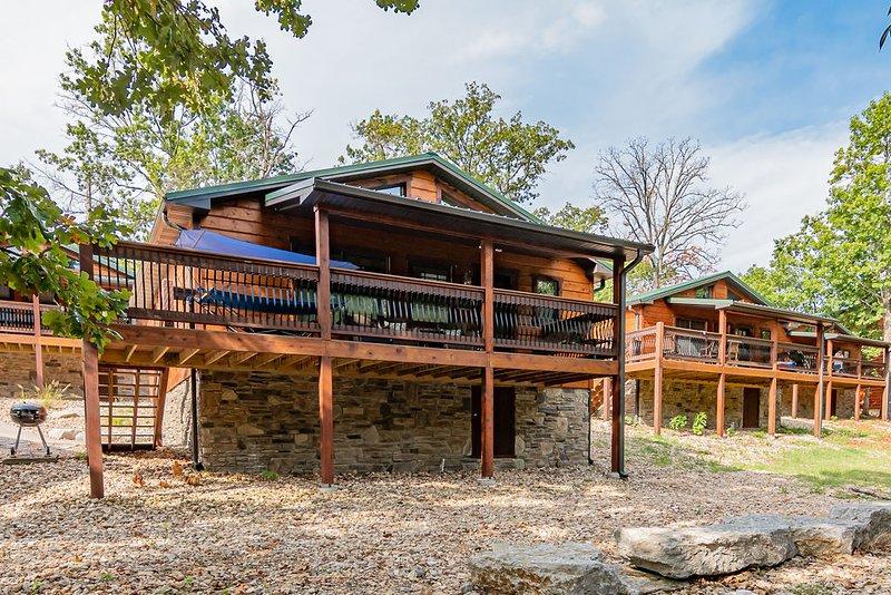 Blue Water Cove Cabin, location de vacances à Branson ouest