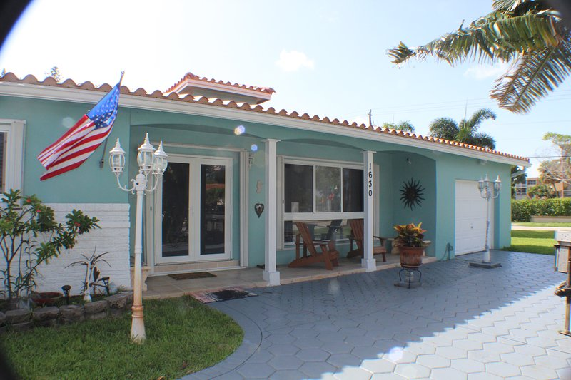 Villa Flip Flop. Where relaxation is mandatory!!!, holiday rental in West Hollywood