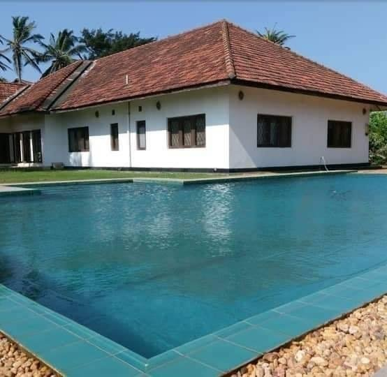 Villa Royal Victory, vacation rental in Makandura