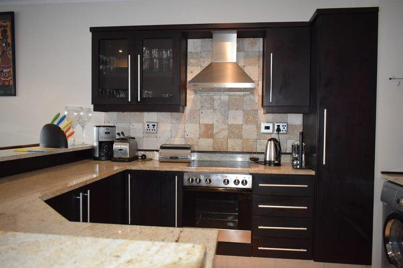 Beachfront Apartment, vacation rental in Umdloti