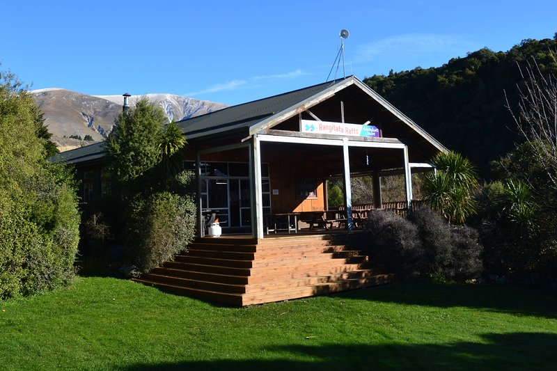 Rangitata Rafts Lodge, holiday rental in Orari