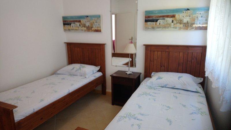 SOVRUM TWIN BEDS FÖRSTA GOLV