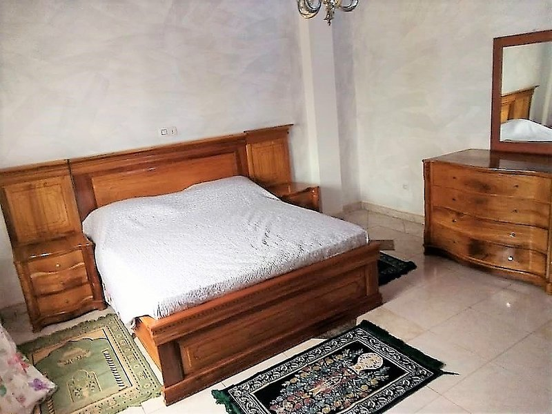Maison Blanche Maetur Biteng, vacation rental in Cameroon