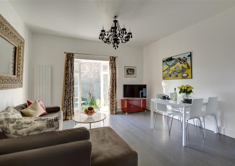 Tilly's Cottage, holiday rental in Shoreham-by-Sea