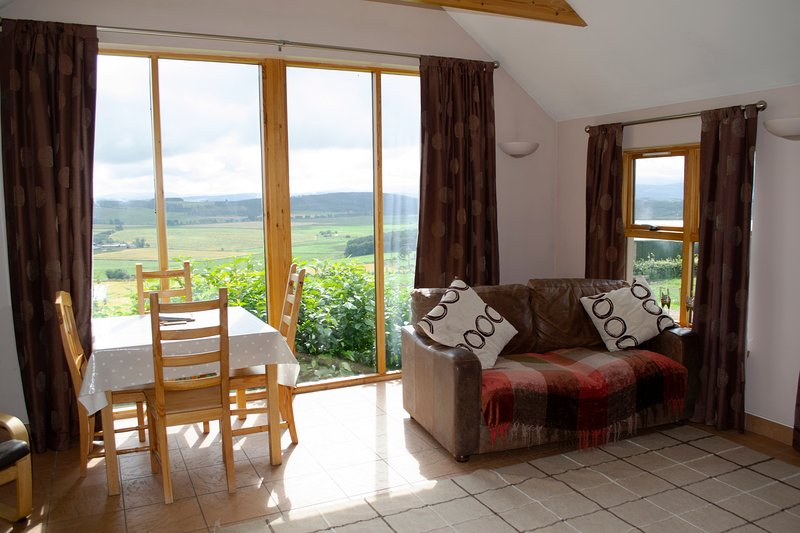 Cairnton Farm Cottages - The Bothy, vacation rental in Wartle
