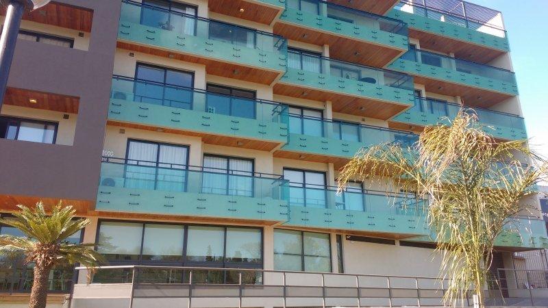 EDIFICIO CONSTANTINO IV- DEPARTAMENTO 2 DORMITORIOS 6 PERSONAS, location de vacances à Tanti