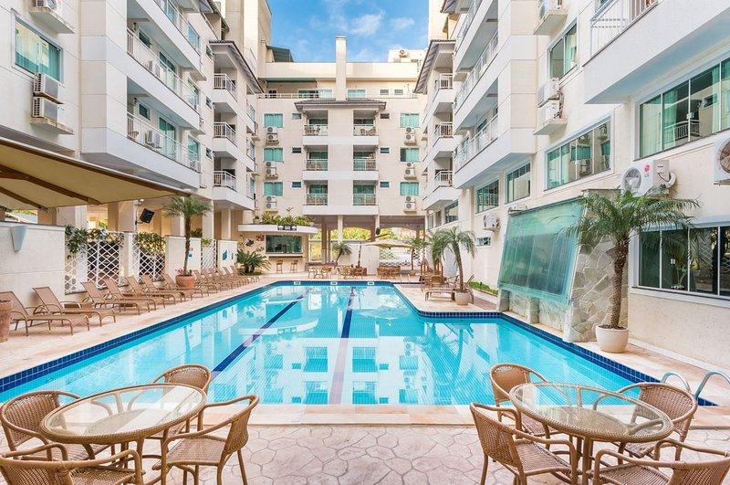 Aluguel Apartamento 1 quarto Summer Beach Bombas SC 572, alquiler vacacional en Porto Belo