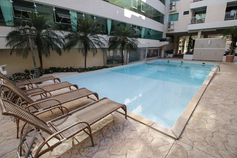 Aluguel Apartamento 1 quarto Summer Beach Piscina| Bombas/SC, alquiler vacacional en Porto Belo