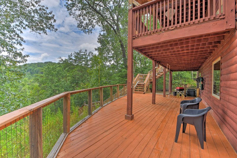 Stairway to Heaven' Talking Rock Creek Cabin, vacation rental in Ranger