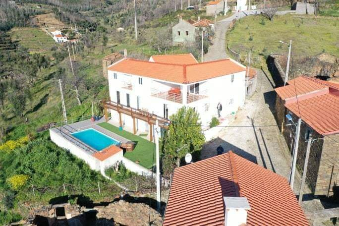 Mountain Apartment Portugal Brand new open plan with fibre optic broad band, holiday rental in Sobreira Formosa