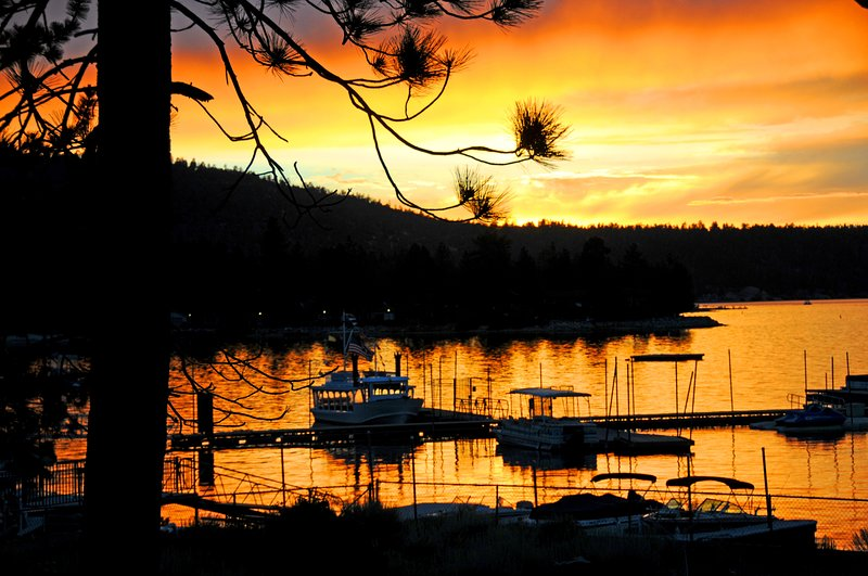4 Seasons Of Fun Spa Big Bear Marina Village Lake, location de vacances à Big Bear Lake