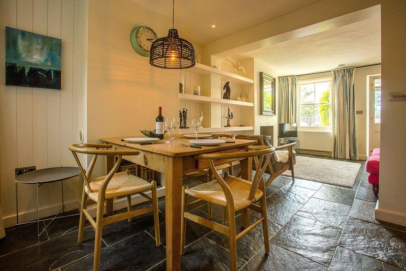 Nutshell - 31 Leiston Road, vacation rental in Aldeburgh