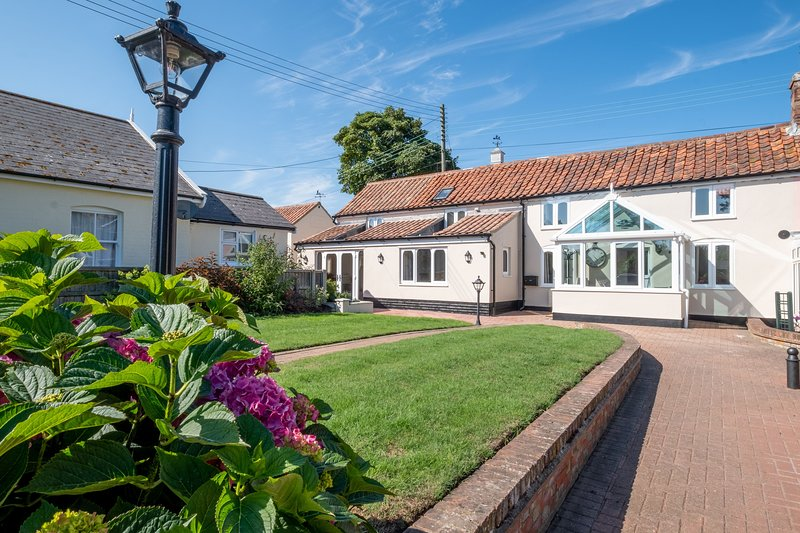 3 Beach Cottages, holiday rental in Thorpeness