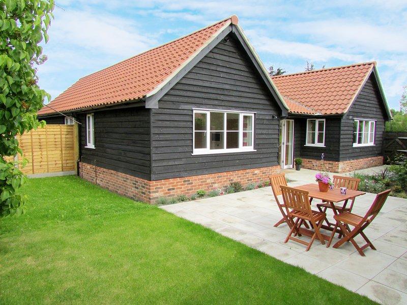 1 Suffolk Cottage, casa vacanza a Knodishall