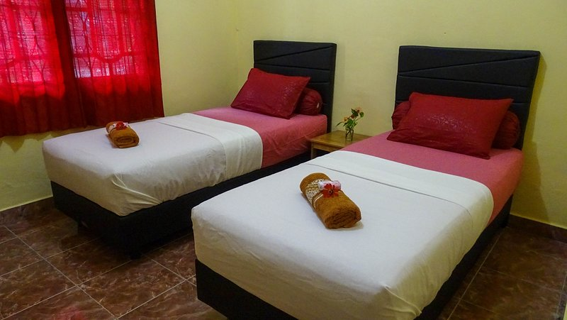 Charming & Cozy Fully Furnished Villa Garuda, Wifi, Close to Airport & Center, alquiler vacacional en Central Kalimantan