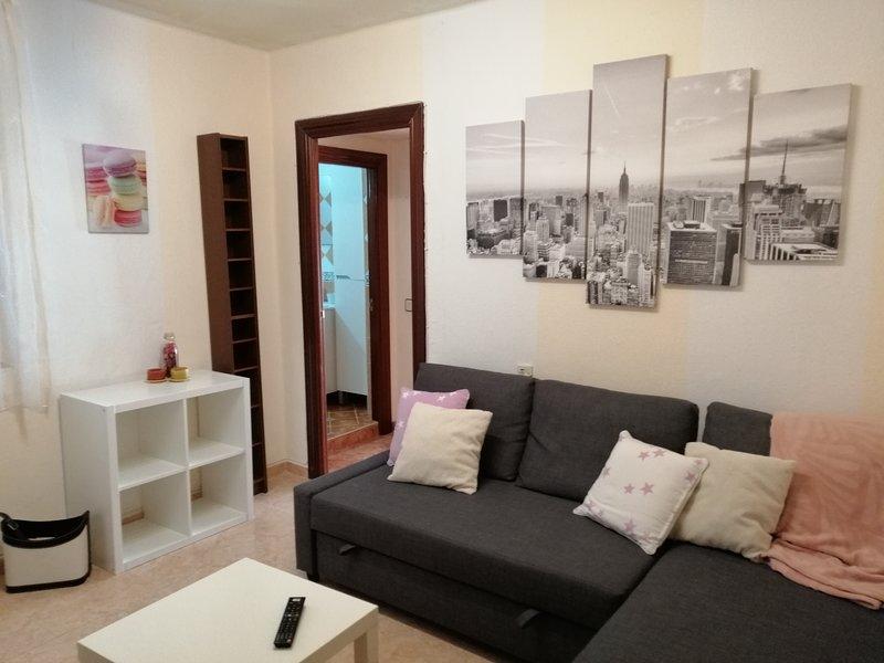 Piso ABELLU 3 habitaciones en Oviedo, aluguéis de temporada em Las Caldas