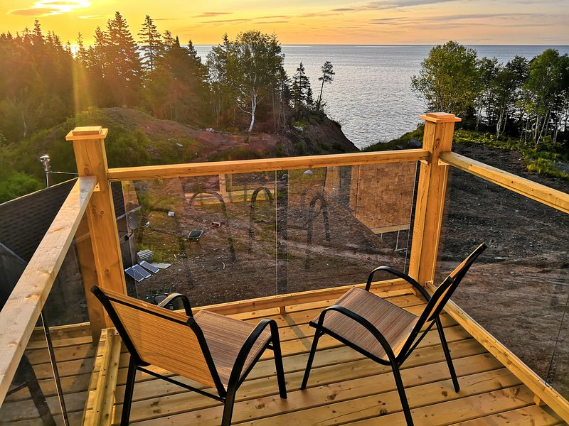 OCEAN Front | Bald Eagle's Home, holiday rental in Big Bras d'Or