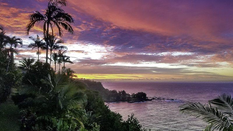 ¡Disfruta de increíbles amaneceres y puestas de sol en Paradise Bluff!