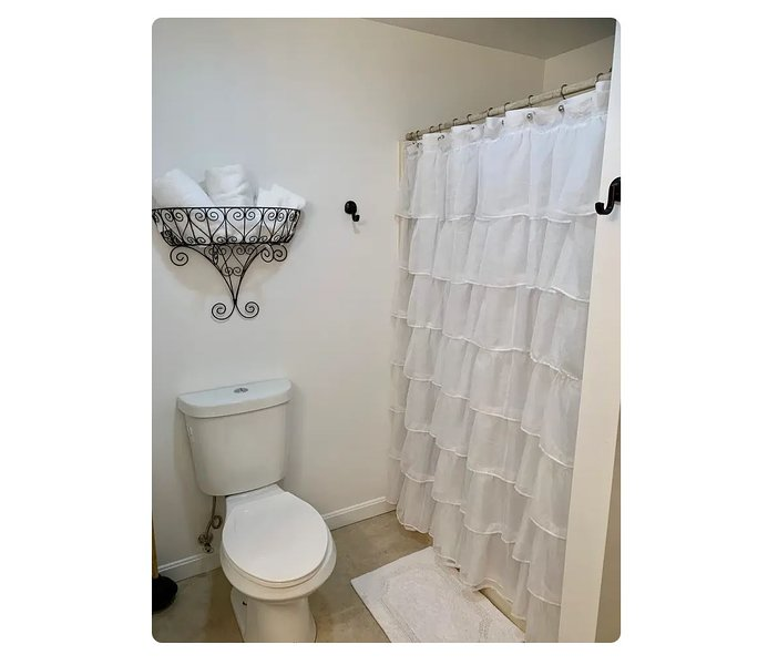 Spacious stand-up shower