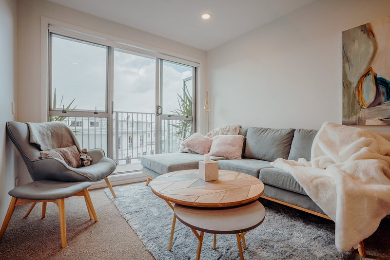 Large weekly and Monthly discount - ✨Amazing bright and modern 3 bedroom apt nea, vacation rental in Remuera