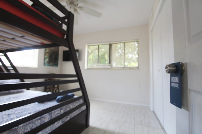 ⫷Wonderful Room with Roku TV and Netflix⫸, casa vacanza a Miami Gardens
