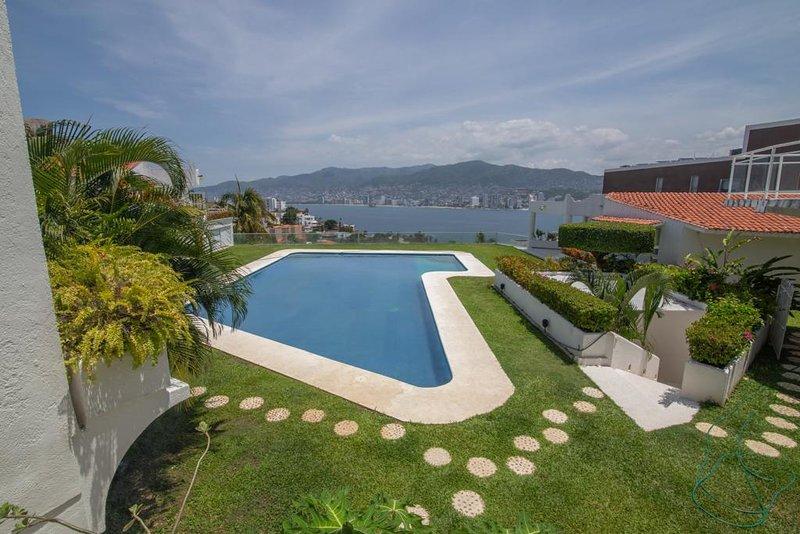 Villa en Brisas Guitarron Acapulco!, vacation rental in Acapulco