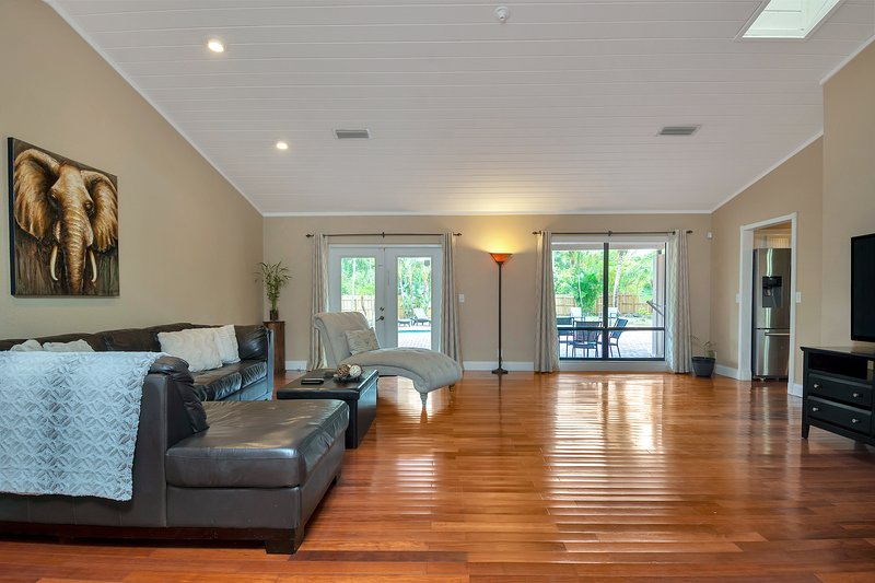 Watch a movie or enjoy the beautiful view in the spacious living room.
