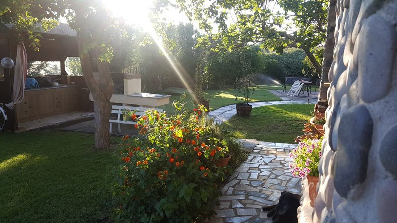 Il Giardino dei Susini - Garden Sharing, vacation rental in Flumini