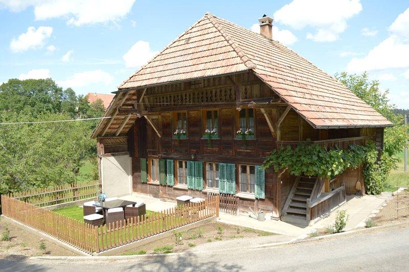 Bed&Breakfast Zythüsli - Idylle mit Stil, vacation rental in Wangenried