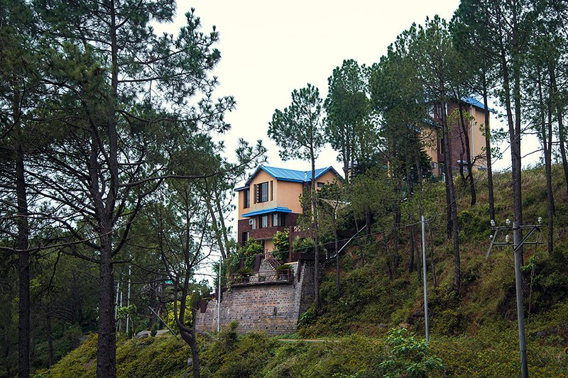 Red Rose by Vista Rooms, holiday rental in Solan