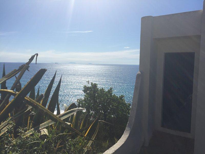 Residenza Gherly - Case vacanze sul mare con una splendida spiaggia privata, vakantiewoning in Capo Vaticano