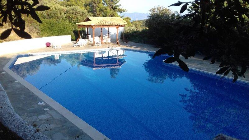 Helios House Villa, Korfos, alquiler de vacaciones en Corinthia Region