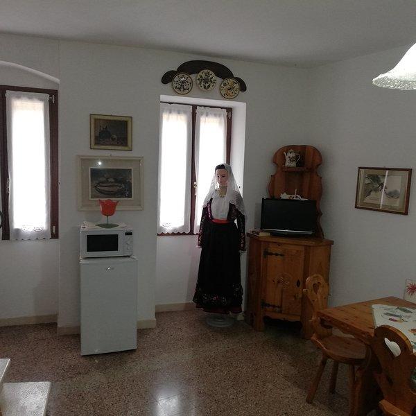 B&B La Bicocca - 2 posti letto+bagno privato, holiday rental in Sennori