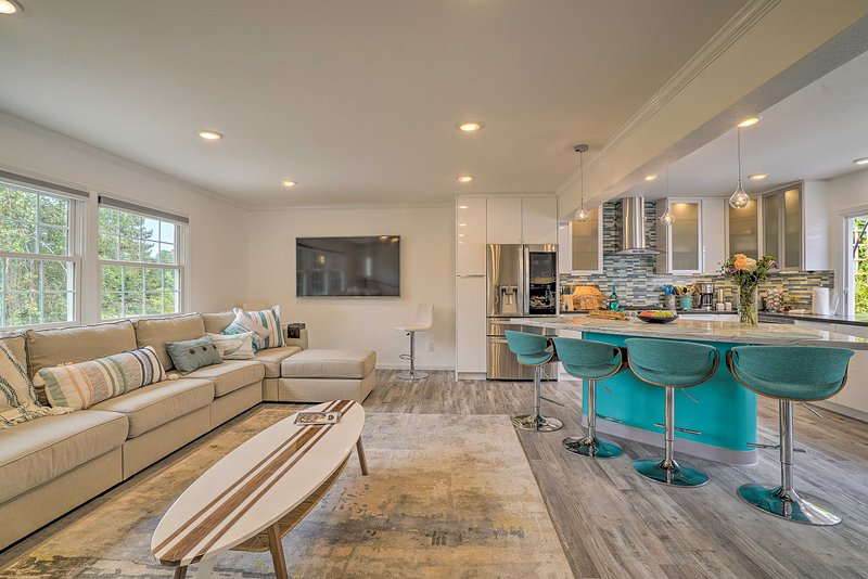 Discover Aptos and the surrounding area from this modern 3-bed, 3.5-bath escape!