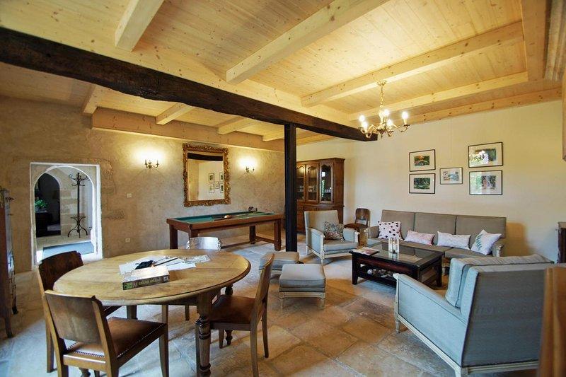 Logis de la Gerbaudrie - grand gîte de Charme pouvant accueillir 12 personnes, location de vacances à Le Beugnon