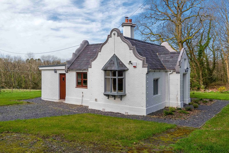 Beaumaris Lodge, holiday rental in Llanddona