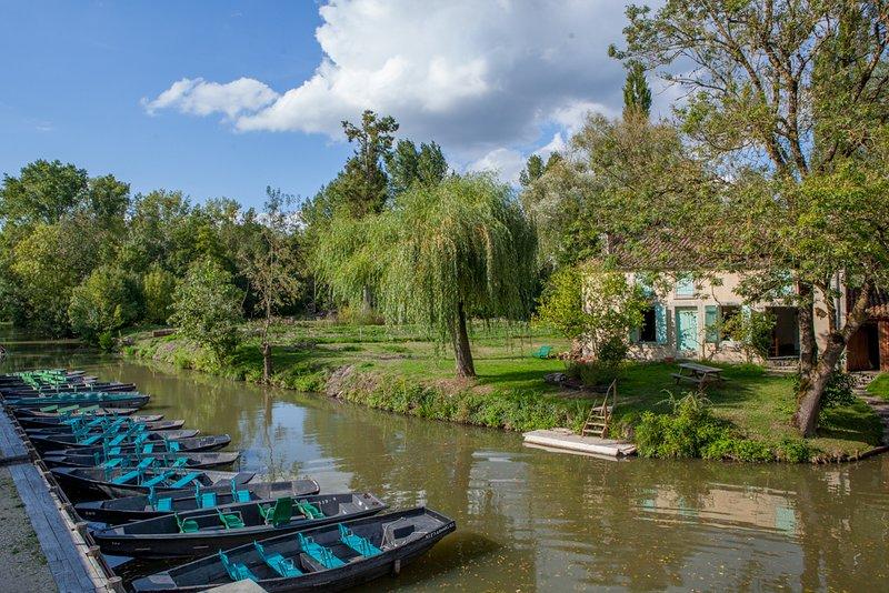 30 minuti da casa, il Parco Naturale del Marais Poitevin