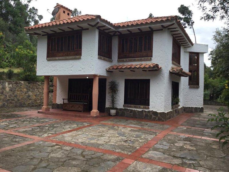 CABAÑA TIPO RUSTICO EN BOYACÁ MÁS CERCA DE LA NATURALEZA, holiday rental in Paipa