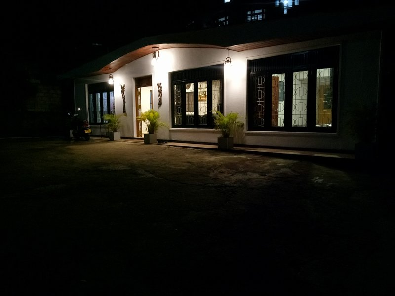 Kandy holiday bungalow, holiday rental in Kundasale