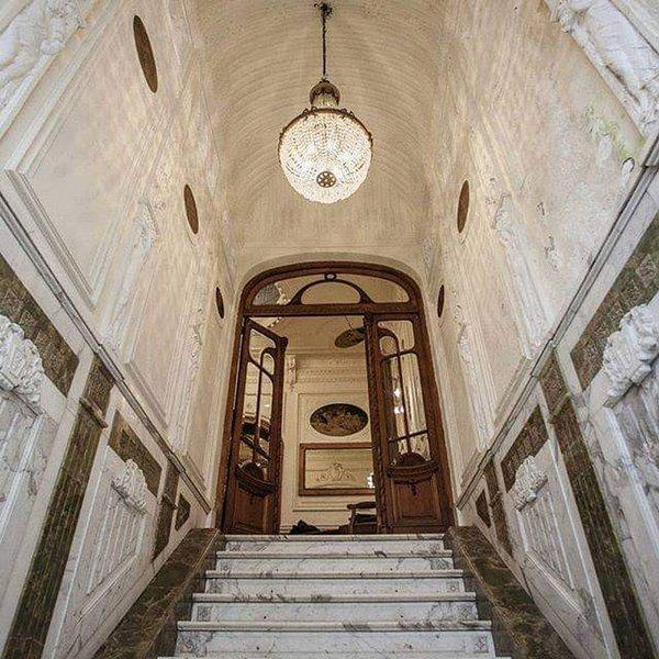 Casa Caseros - Historic Mansion In San Telmo, alquiler de vacaciones en Avellaneda