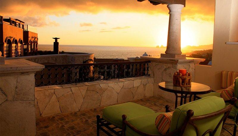 Amazing Luxury 3 bedroom villa at the Residences at Hacienda Encantada, vacation rental in Cabo San Lucas