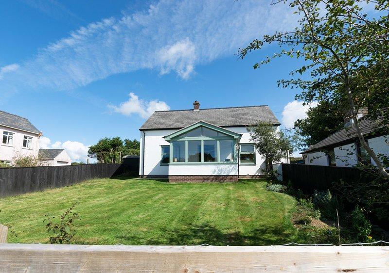 Bwthyn Penparc, holiday rental in Llandeloy