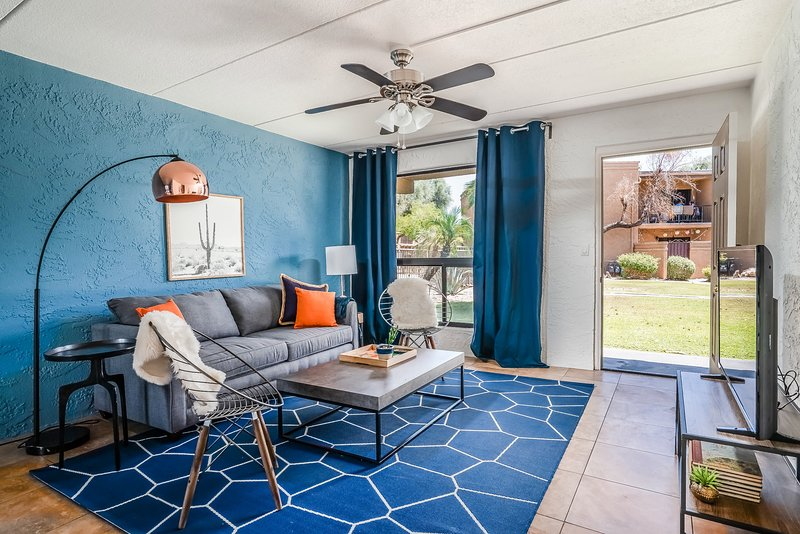Colorful 3BR | Pool | Scottsdale by WanderJaunt, holiday rental in Tempe
