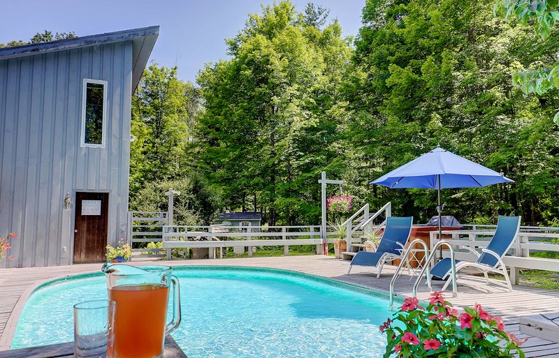 Woodstock-Pool, Hot Tub, Stream; 7 Acres; Hike&Ski, alquiler vacacional en Palenville