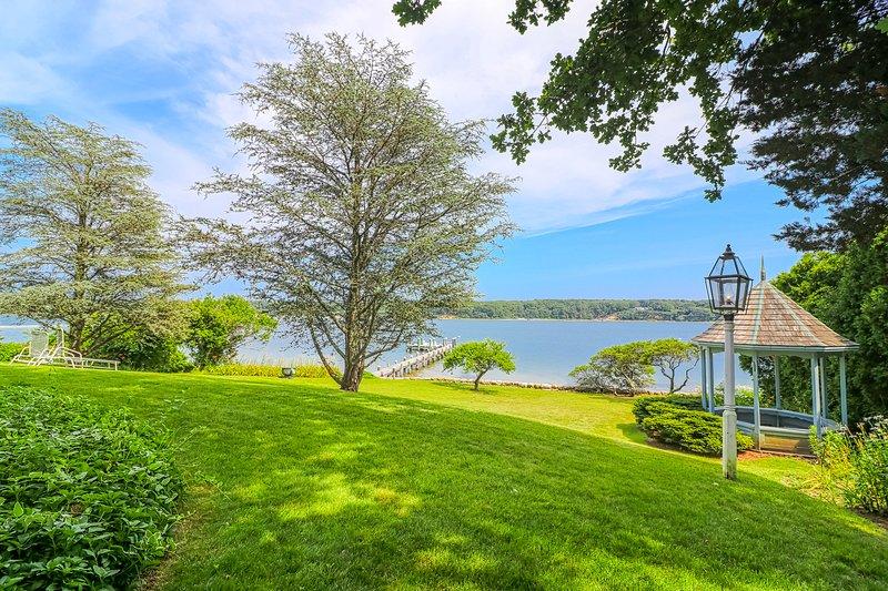 New listing! Waterfront oasis w/ dock, gazebo, amazing views & patio - 1 dog OK!, vacation rental in Vineyard Haven