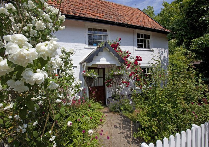 Sunnyside Cottage, holiday rental in Heveningham