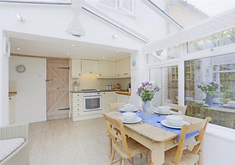 St Julians Cottage, holiday rental in Halesworth
